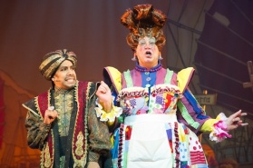 David Bedella (Abanazar) & Matthew Kelly (Widow Twankey)_credit_Craig Sugden